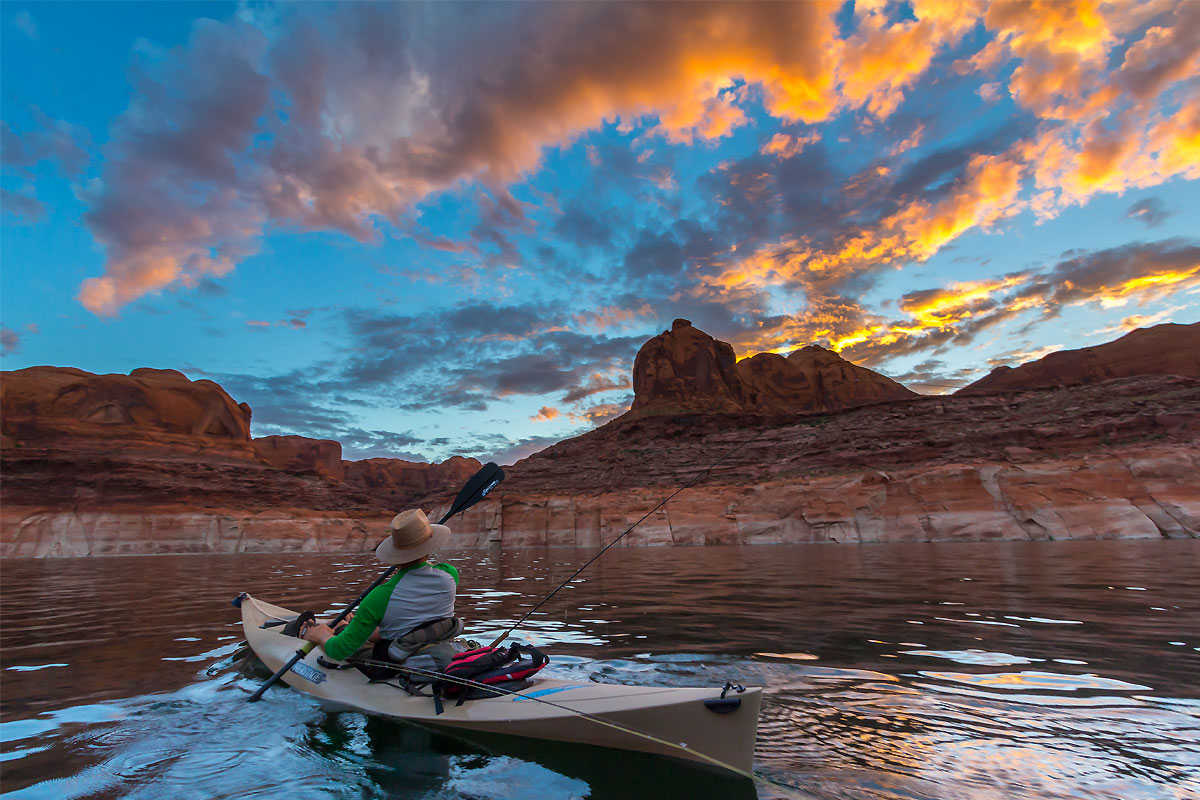 Lake Powell kayak fly fishing expedition chasing striper boils